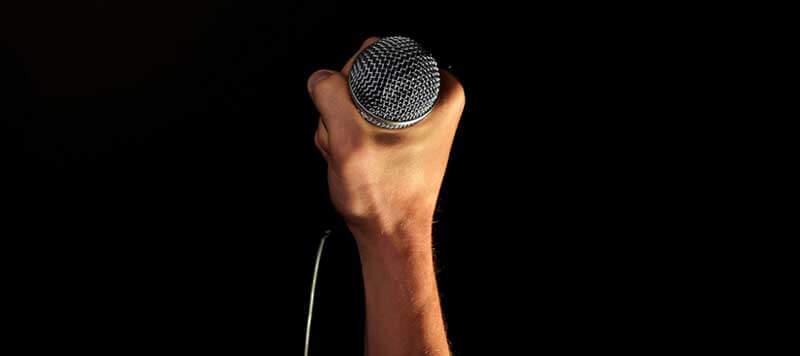speaker-profesional-ante-camaras