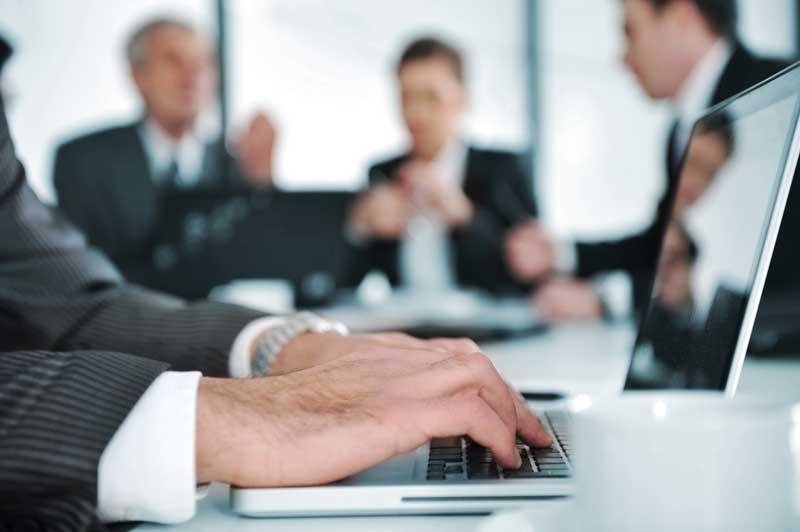 benchmarking : Decide contra quién debe medir su negocio