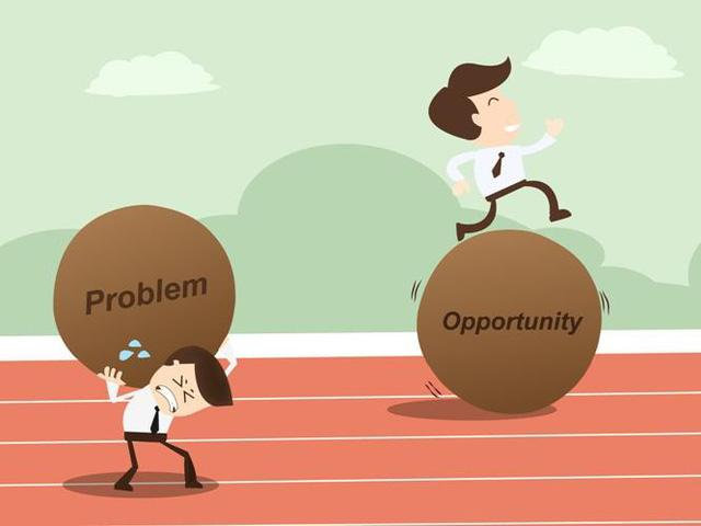 emprendedor Transforma los problemas en retos.